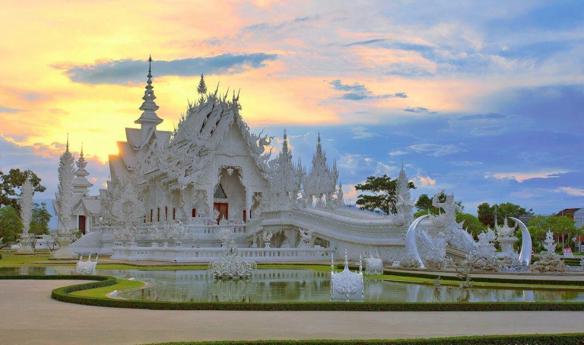 วัดร่องขุ่น Wat Rong Khun